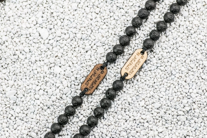 Drewniana bransoletka Koordynaty Aniegre Kamień Wulkaniczny