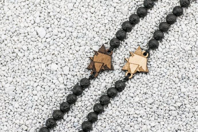 Drewniana bransoletka Pies 01 Merbau Kamień Wulkaniczny