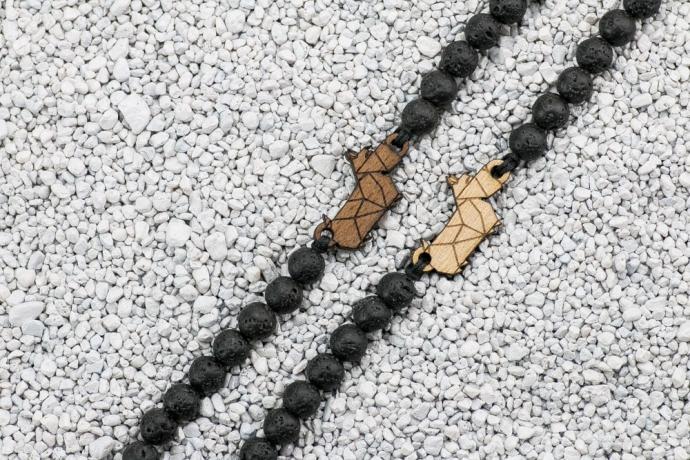 Drewniana bransoletka Pies 02 Merbau Kamień Wulkaniczny