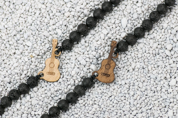 Drewniana bransoletka Gitara Aniegre Kamień Wulkaniczny