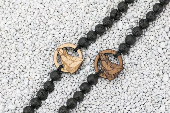 Drewniana bransoletka Wilk Geometryczny Merbau Kamień Wulkaniczny