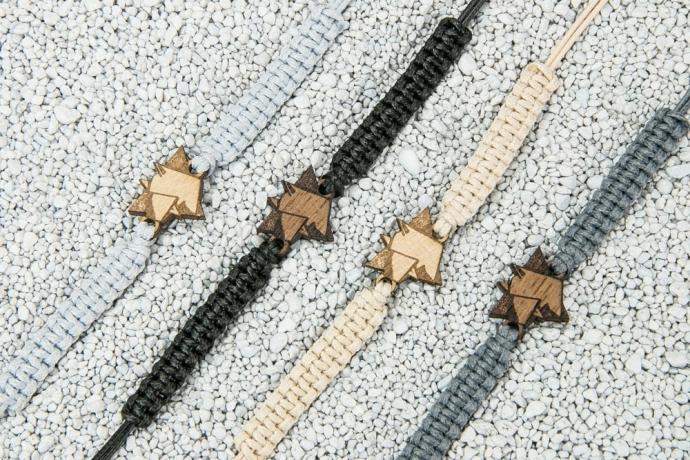 Drewniana bransoletka Pies 01 Merbau Pleciona