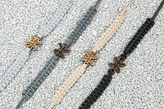 Drewniana bransoletka Znak Zodiaku - Ryby - Merbau Pleciona