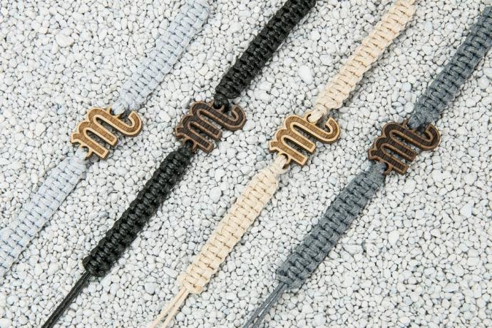 Drewniana bransoletka Znak Zodiaku - Skorpion - Aniegre Pleciona