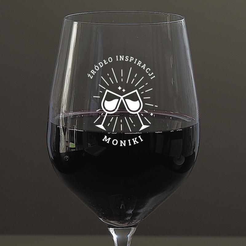 Kieliszek do wina z napisem