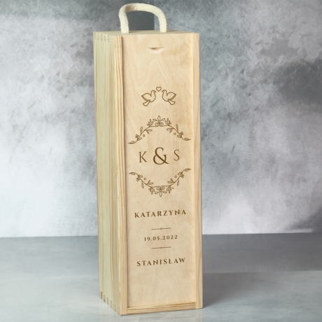 Skrzynka na wino z grawerem na ślub