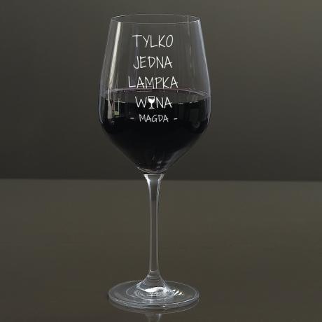 Kieliszek do wina z grawerem