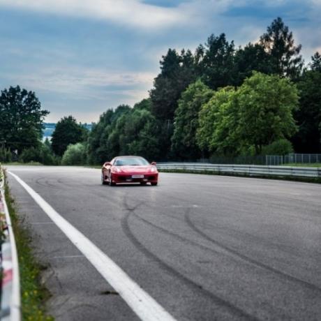 Jazda Ferrari Radom